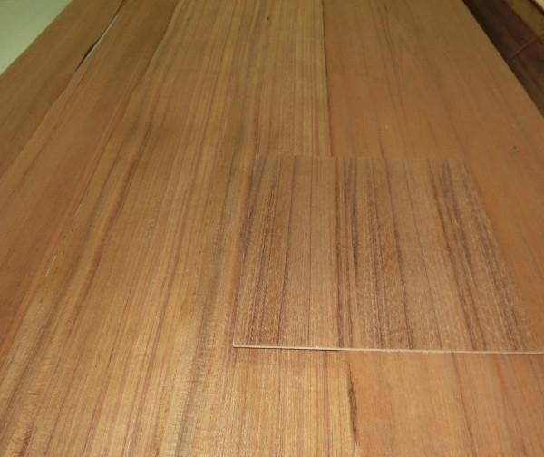 現在のお店で使用している棚板と同じ質感の突板がほしい